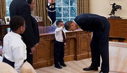 obama-white-house-three-year-old-boy-4